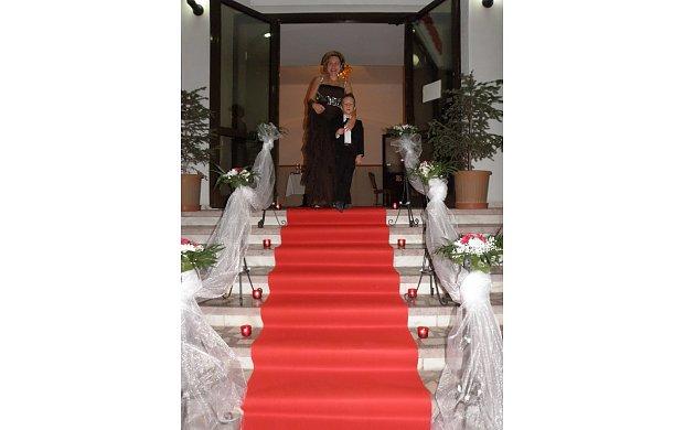 Cufarul De Flori Agentii Nunta Nunta Ploiesti